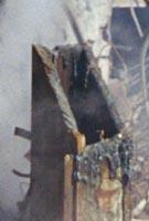 Corte en viga de acero del WTC como evidencia de uso de explosivos en demolicion controlada