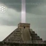 Mayan Light Beam Photo: Message from Gods, or iPhone Glitch?